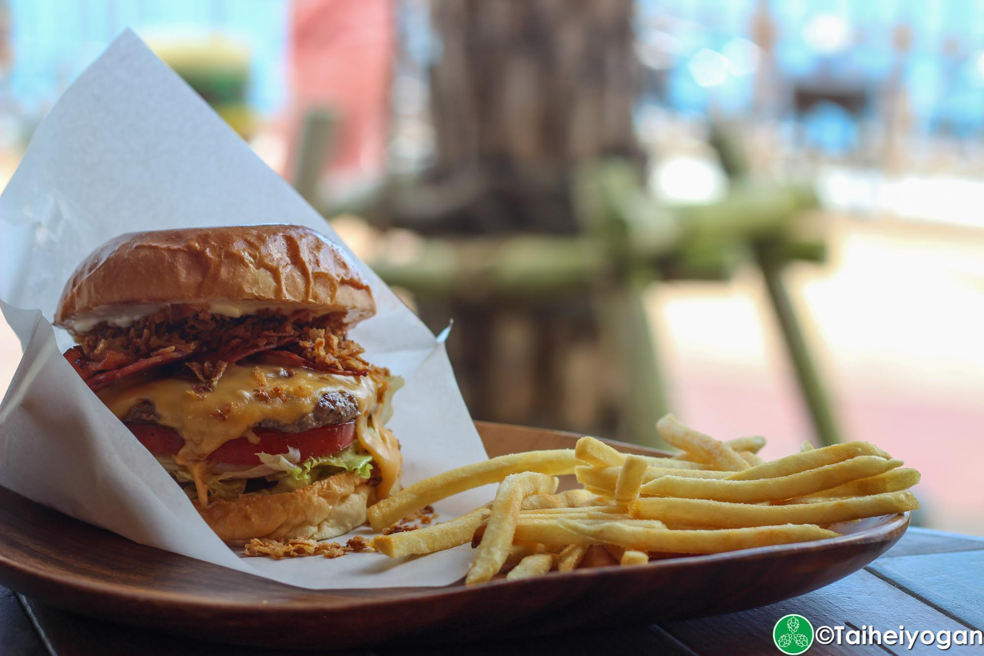 Chatan Burger Base Atabii's - Menu - Neo Bacon Cheeseburger