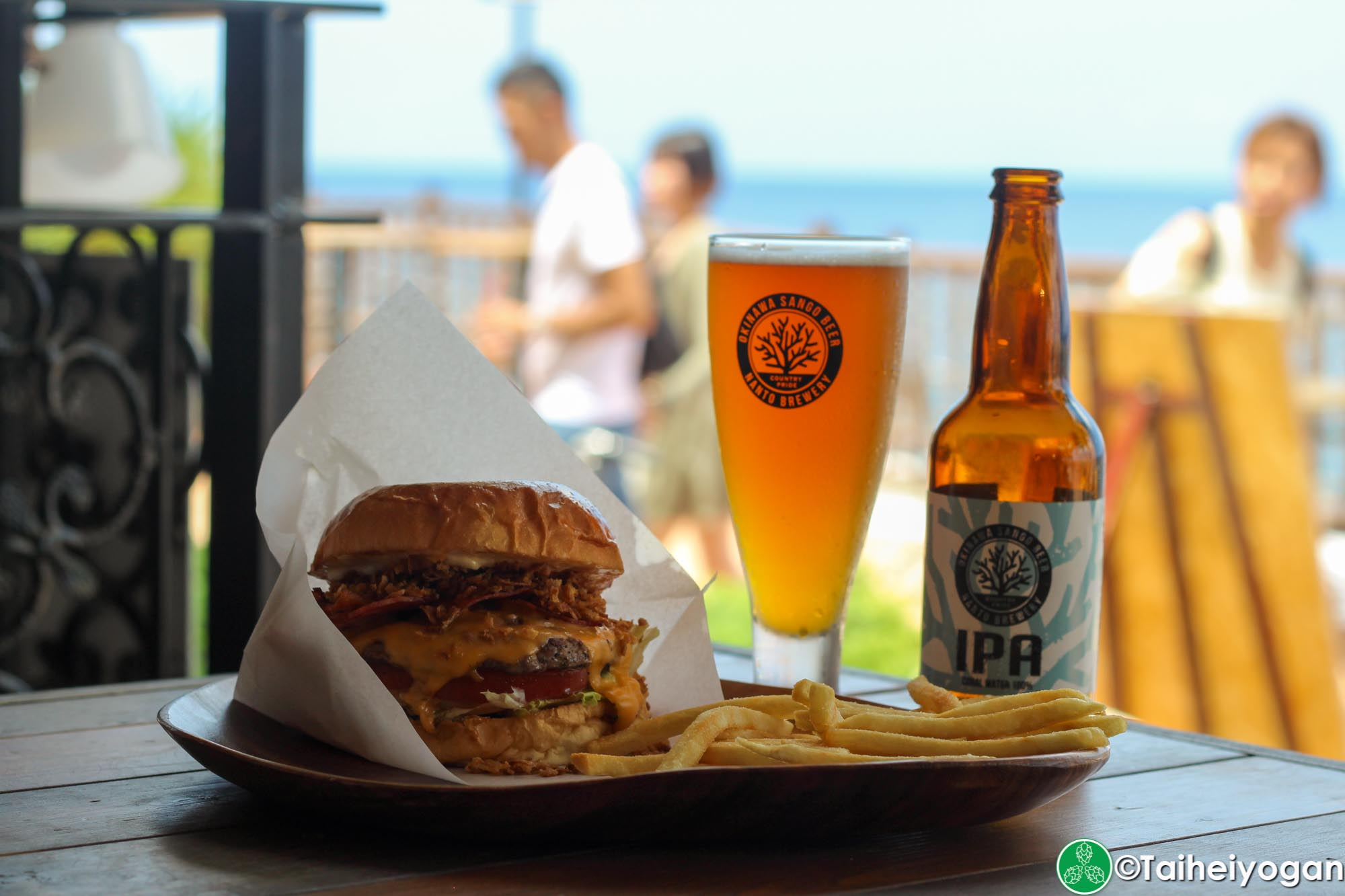 Chatan Burger Base Atabii's - Menu - Neo Bacon Cheeseburger & Okinawa Sango Beer