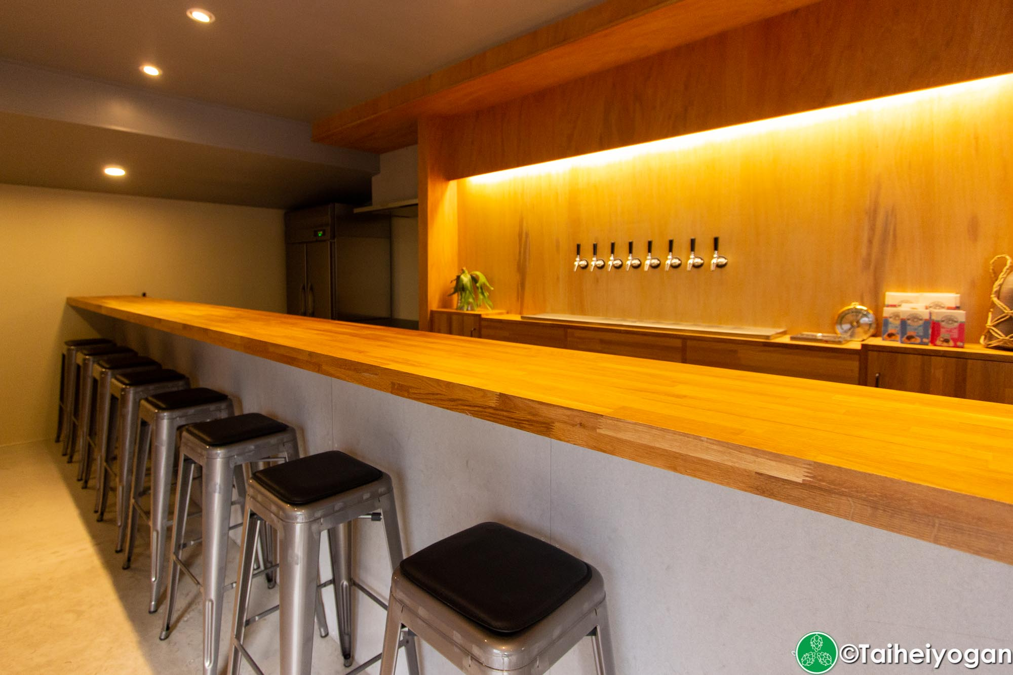 Folkways Brewing - Interior - Bar Counter