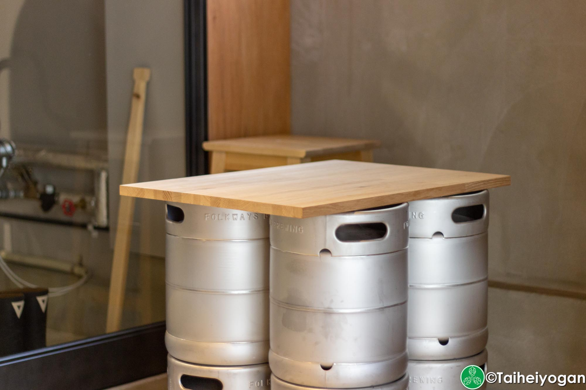 Folkways Brewing - Interior - Seating