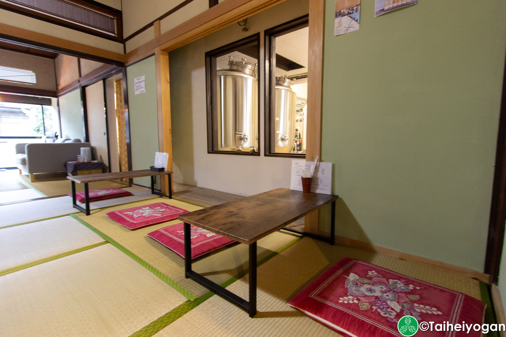 大三島ブリュワリー・Omishima Brewery - Interior- Table Seating